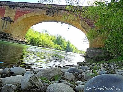 Balades à Carbonne Haute Garonne Pont de pierre