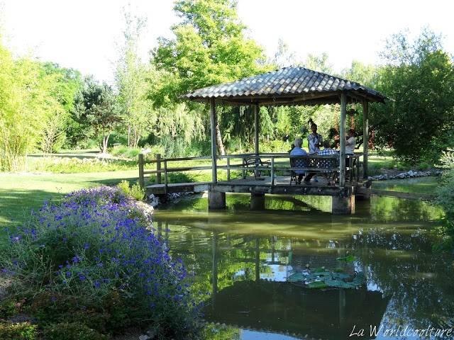 jardins des martels tarn france pagode