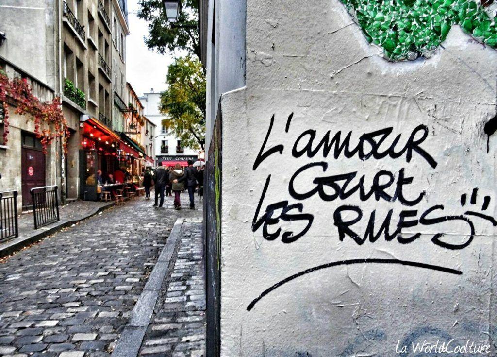 Rue de Montmartre Paris France