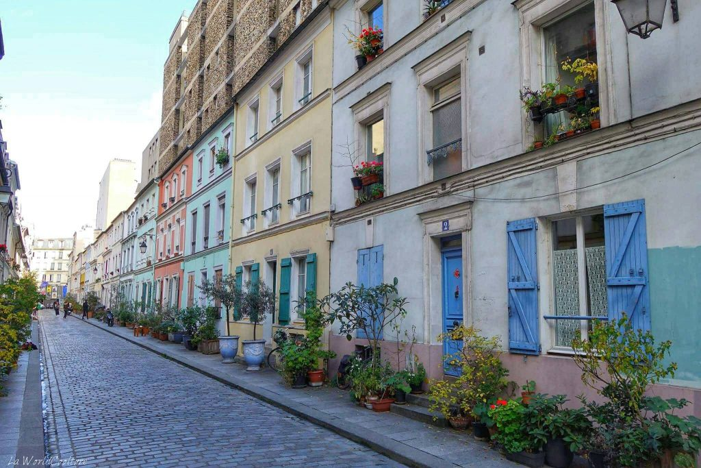 rue crémieux Paris France