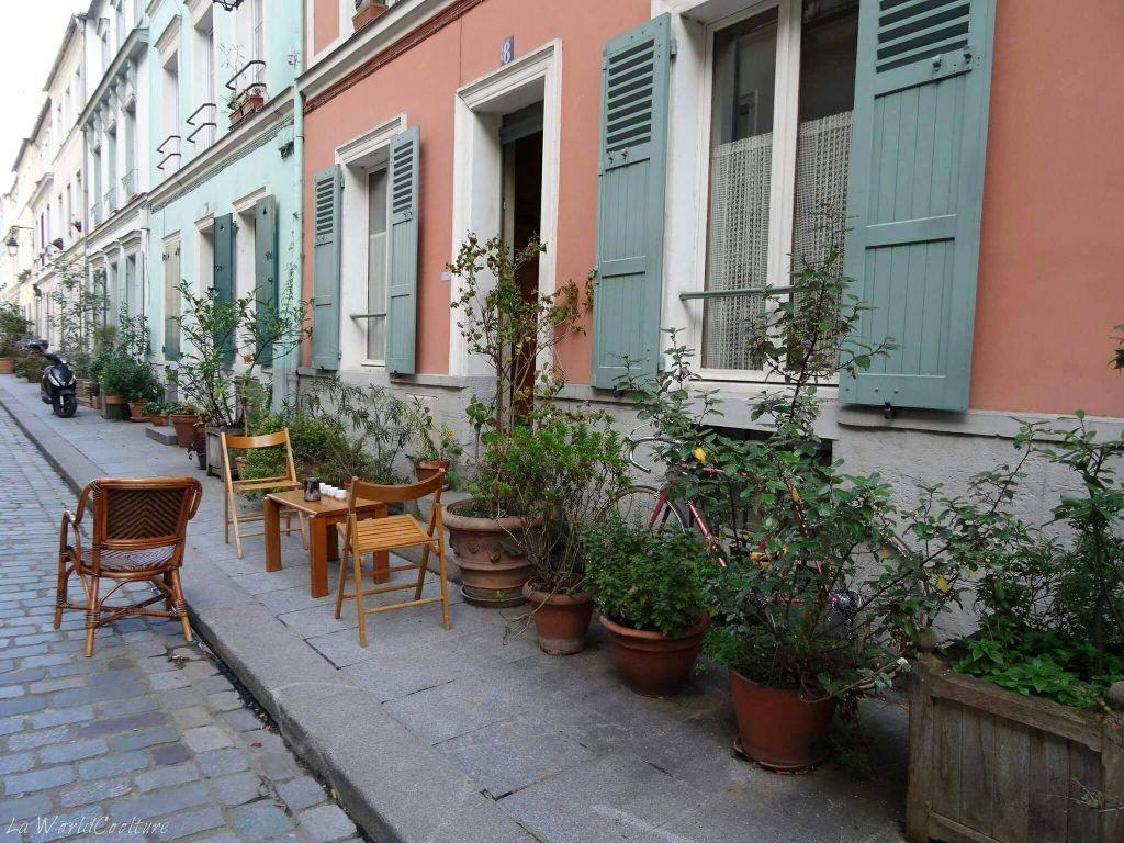 Rue Crémieux Paris France