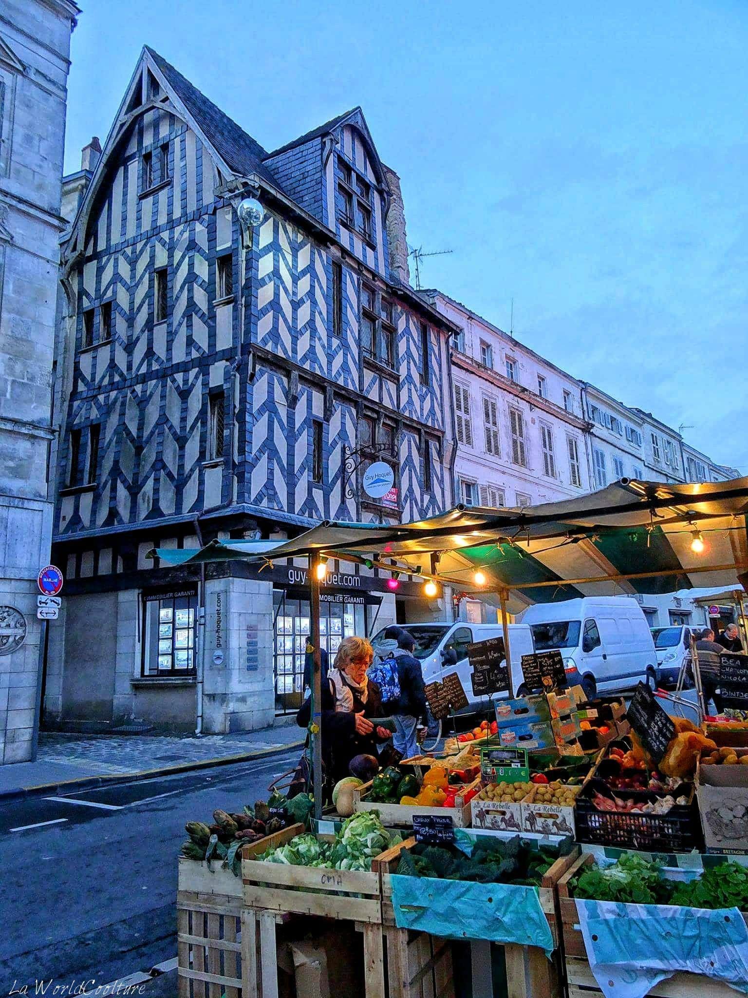 Place du marché La Rochelle