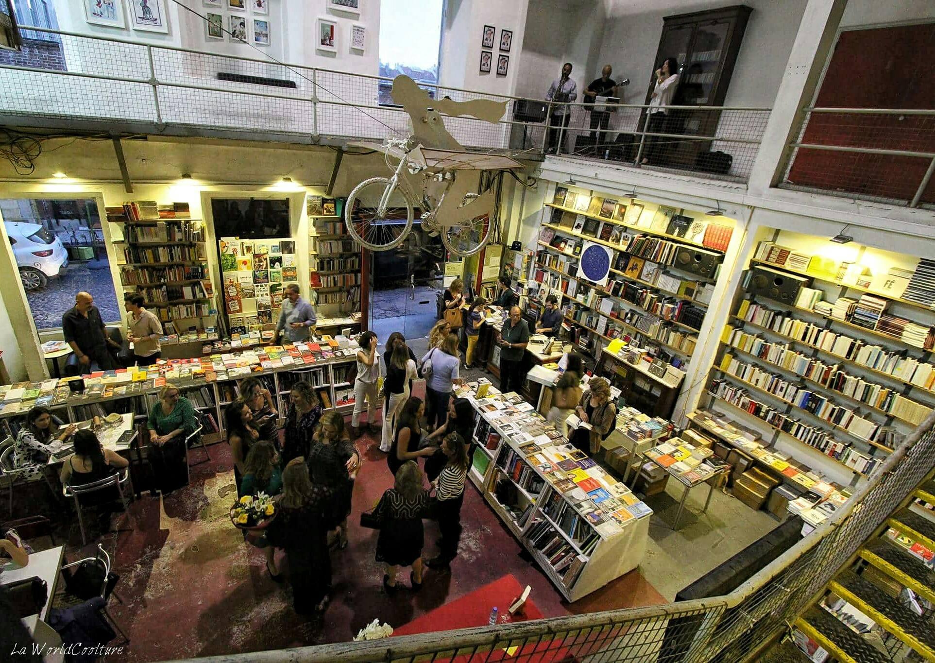 Librairie-Ler-Devagar-Lx-Factory-Lisbonne