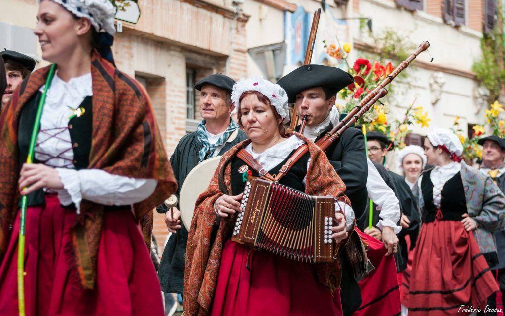 Rieux Volvestre Haute Garonne costumes traditionnels Papogay
