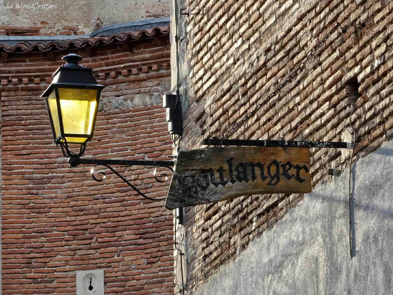 Vieille-enseigne-Rieux-Volvestre-vintage