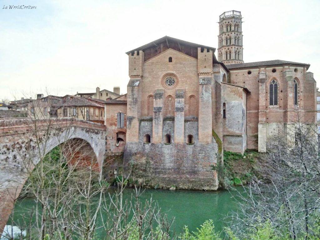 Rieux Volvestre Haute-Garonne centre historique et cathédrale