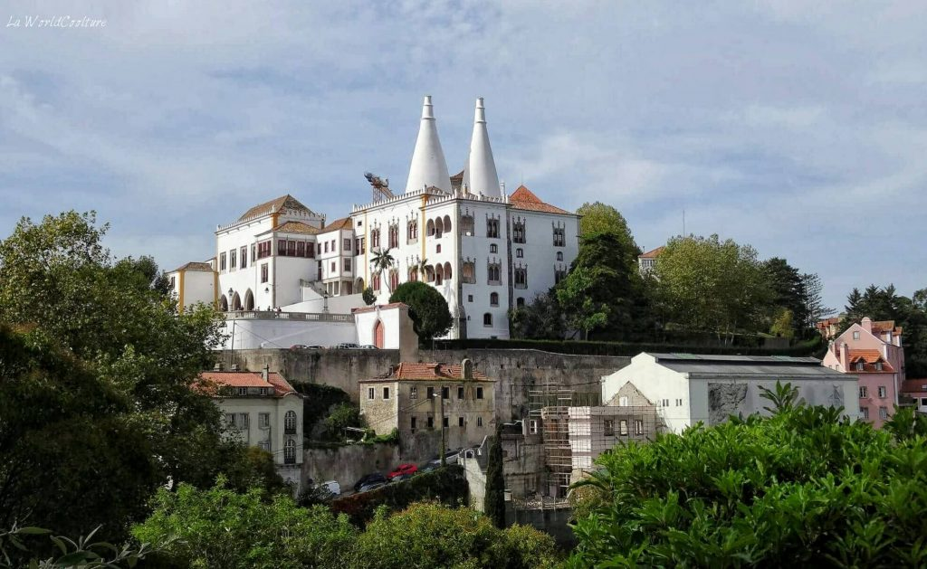 palais-national-Sintra-Portugal