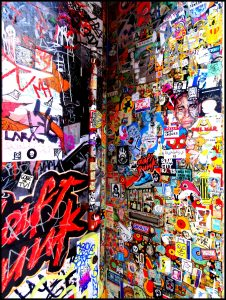 street-art-stickers-toulouse