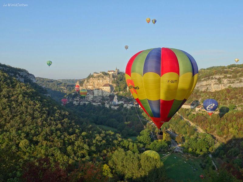 Montgolfiades de Rocamadour dans le Lot en Occitanie