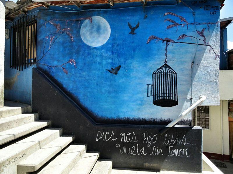 Medellin-comuna13-citation-liberte-graffiti