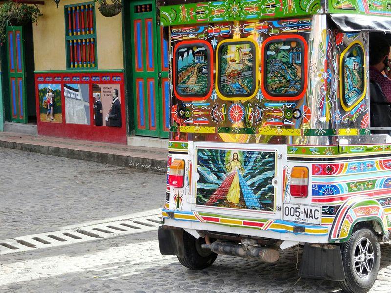 street-art-colombie-guatape-chivitas