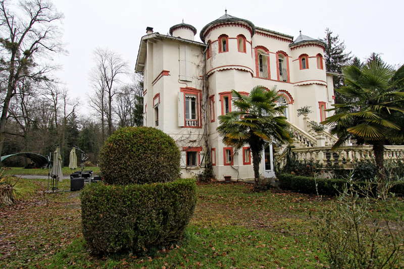 maison-hotes-chateau-barbe-architecture-sud-ouest-france