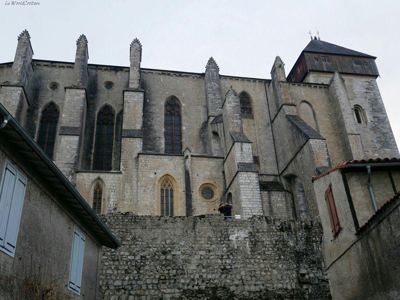 cité-episcopale-saint-bertrand-comminges-pas-manquer-haute-garonne