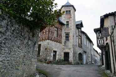 charme-village-saint-bertrand-comminges-haute-garonne-occitanie