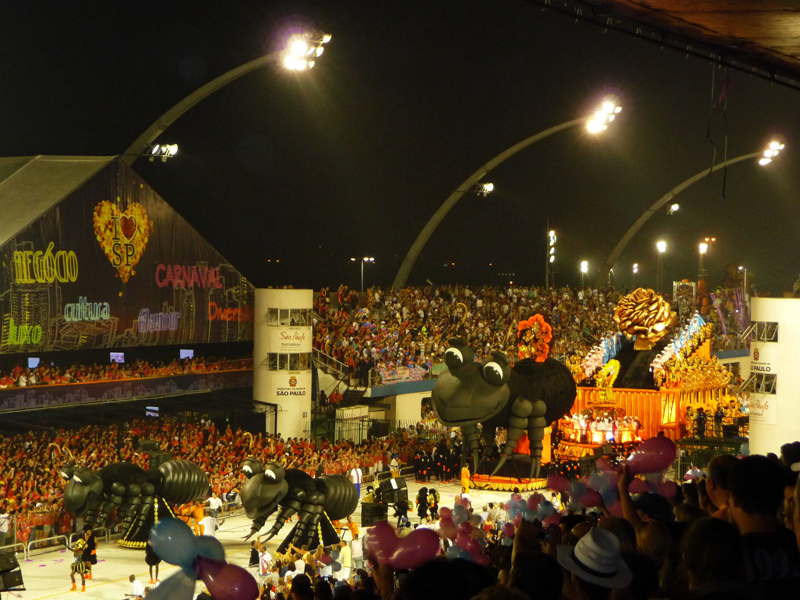 assister-carnaval-sao-paulo-sambodrome