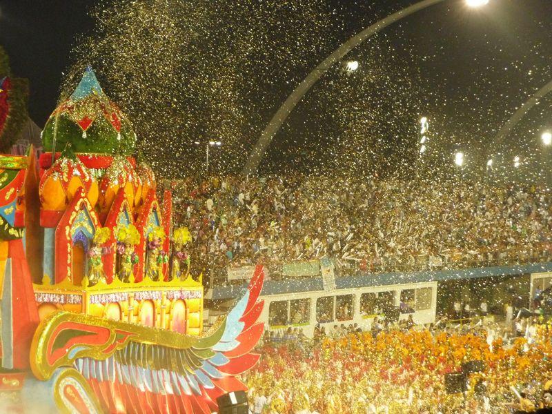 spectacle-carnaval-bresil-avis