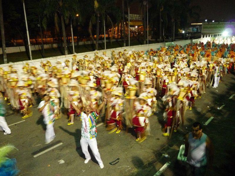 carnaval-sao-paulo-preparation-avant-defile-sambodrome