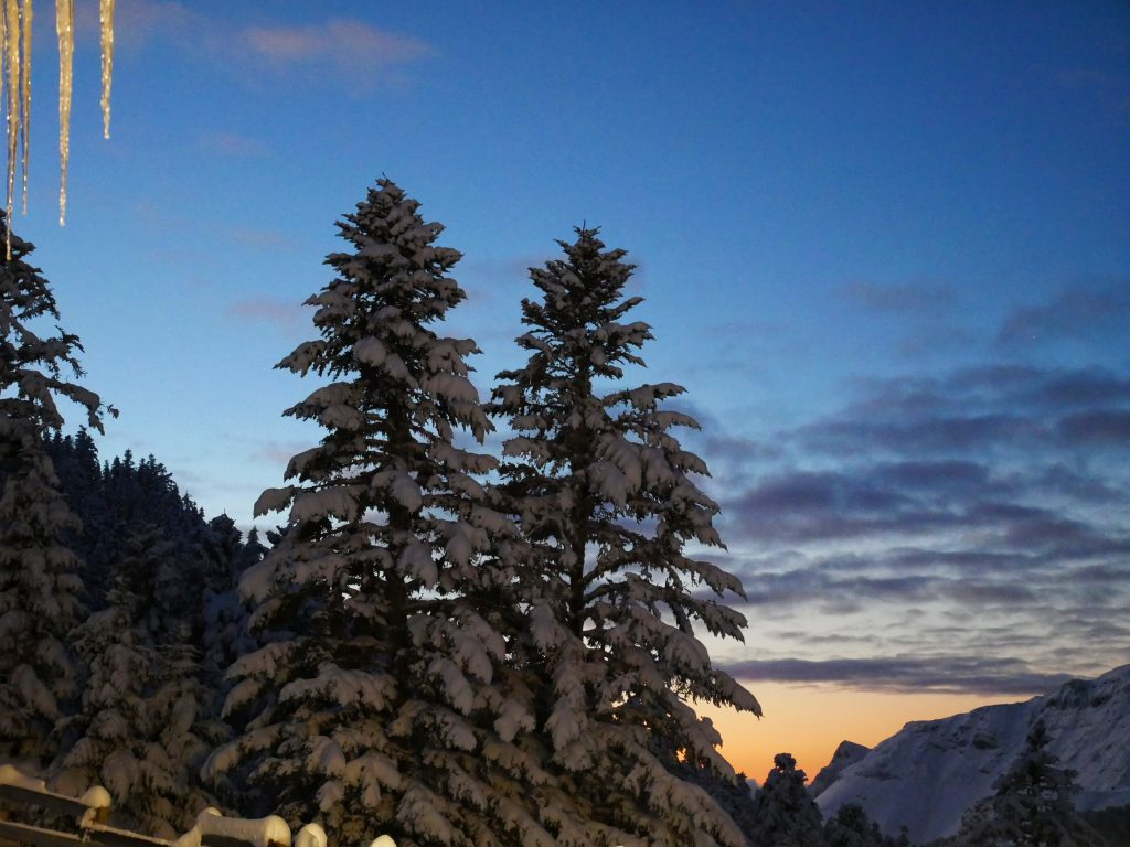 incroyable-coucher-soleil-Pyrénées-Mourtis