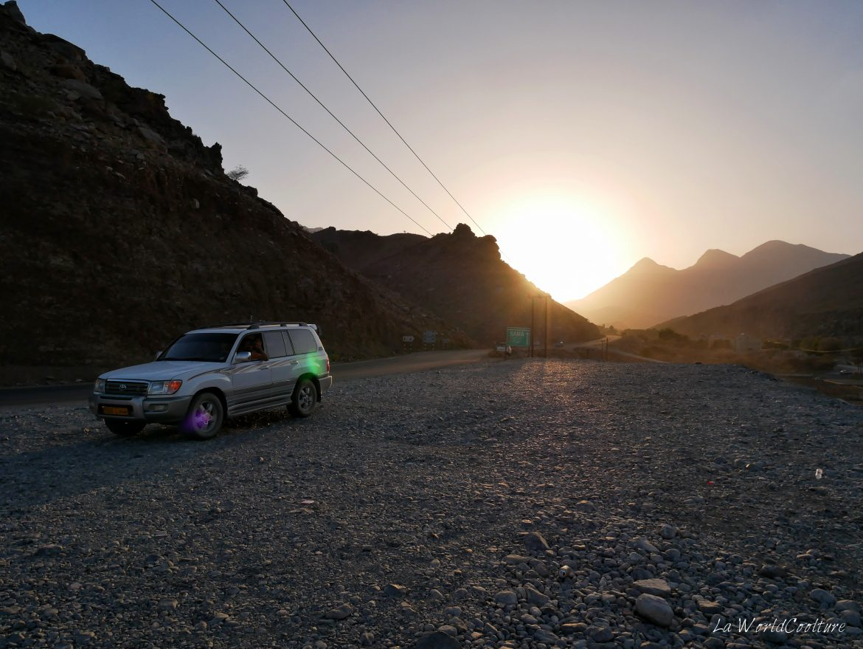 Louer-voiture-voyage-Oman