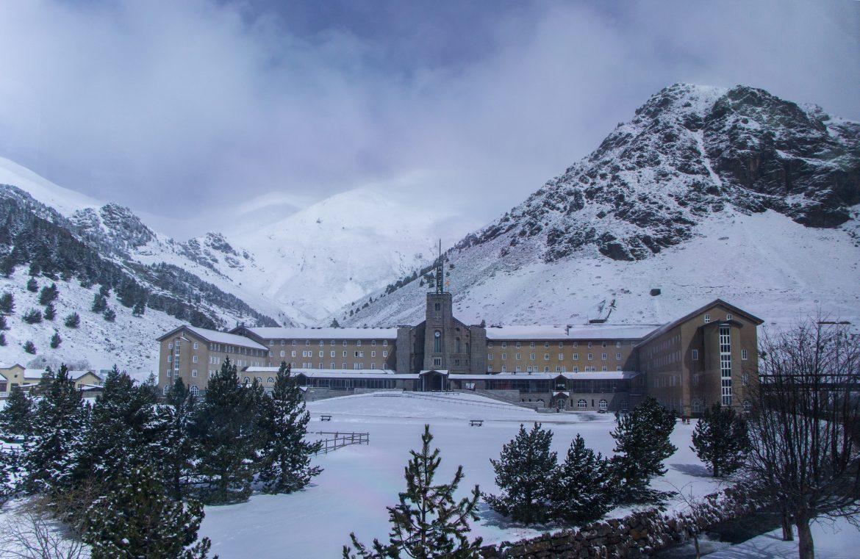 arrivée-vall-de-nuria-train-crémaillère-Catalogne
