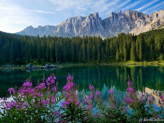 Randonner au lago di Carezza