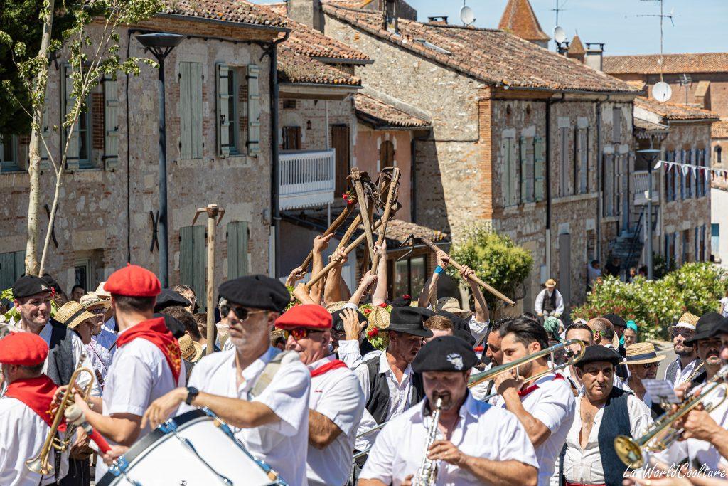 Vivre le folklore occitan à Auvillar en Tarn-et-Garonne