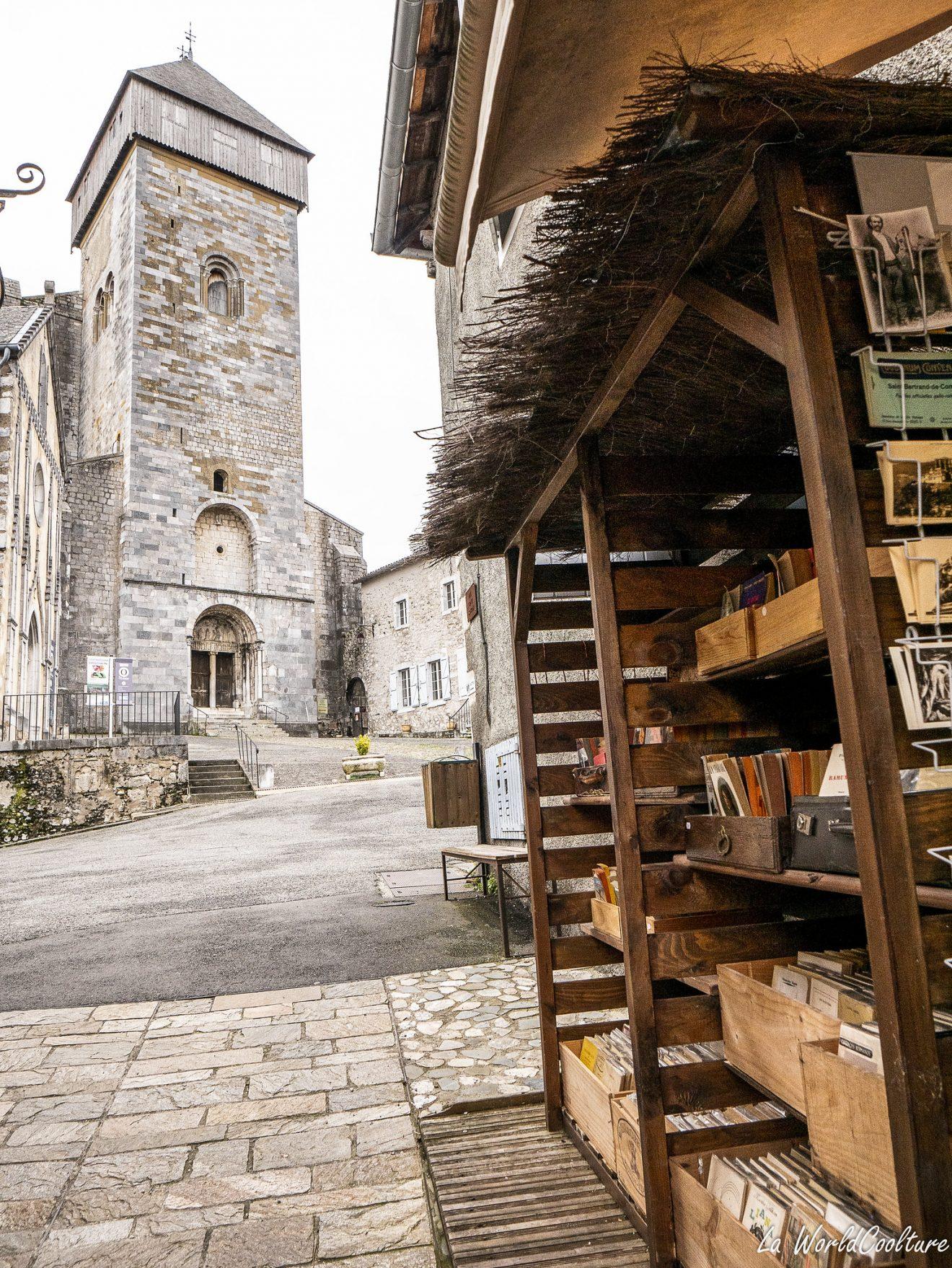 Librairie à Saint-Bertrand de Comminges