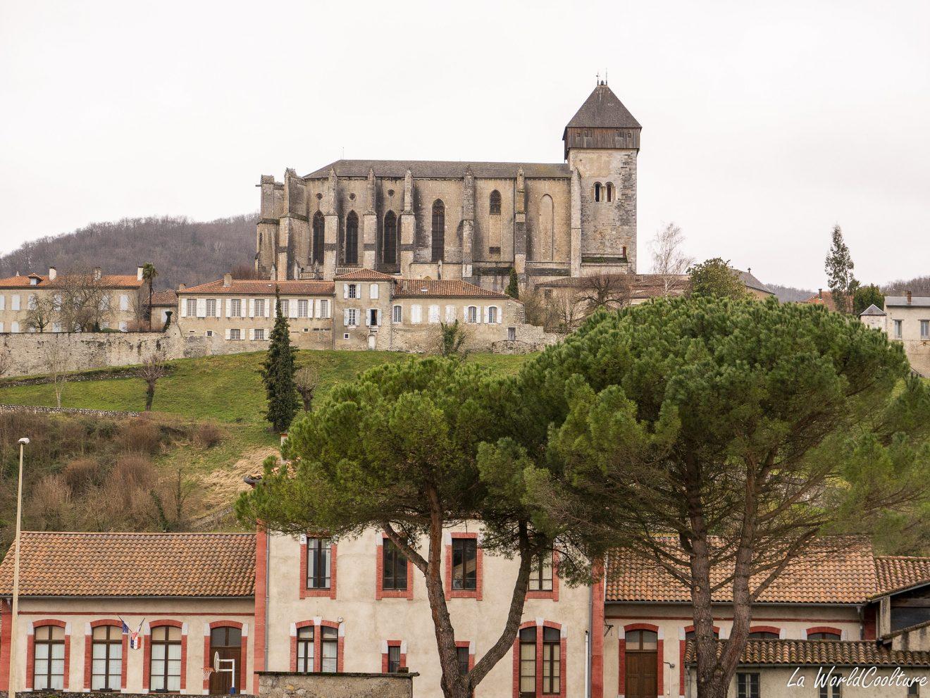 Visiter Saint-Bertrand de Comminges plus beau village de France